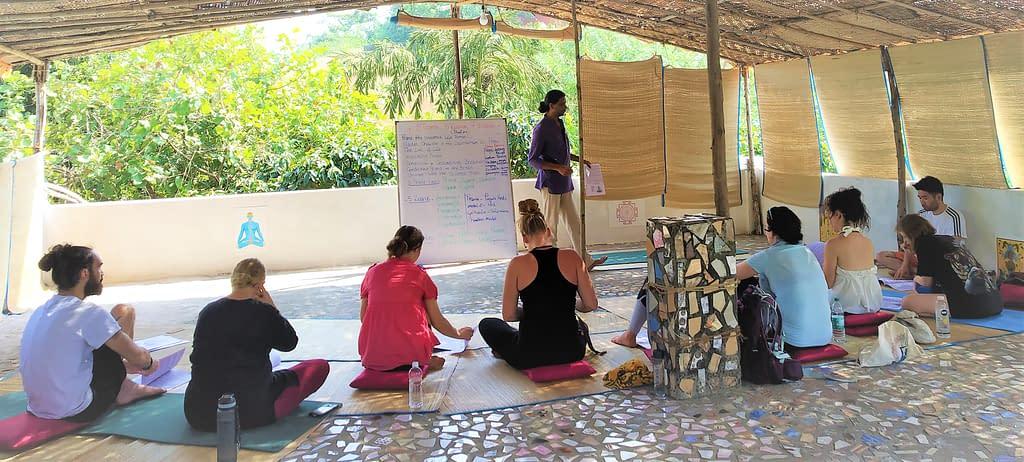 kundalini yoga teacher trainig